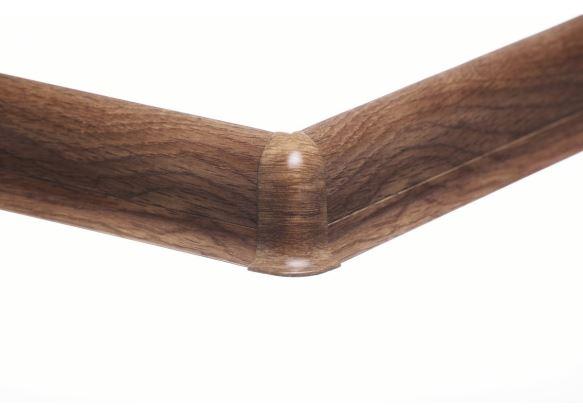 Soklová lišta_AP30 PVC_AP30 vnejsi PVC_soklova-lista-mekcena-salag-56-pvc-dub-calvados.jpe